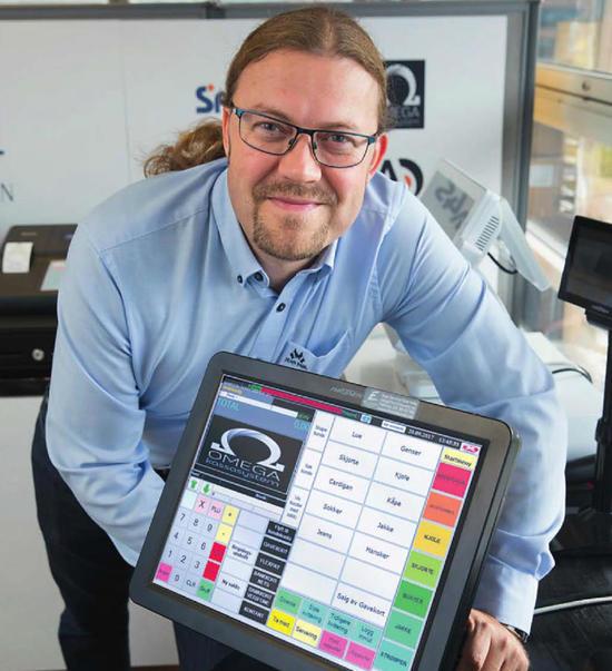Tore Sjøvaag, daglig leder i Finn Clausen POS Systemer AS, oppfordrer alle til å bytte kassaapparat nå.
